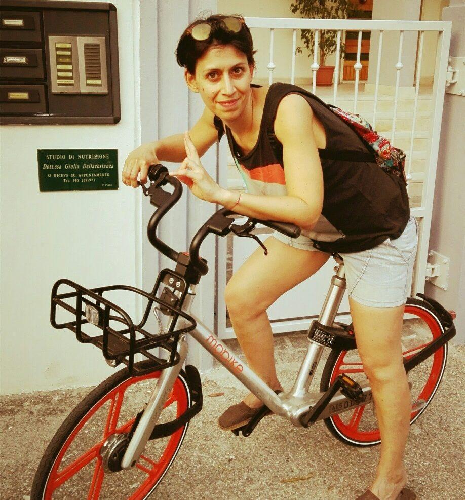 usare la bicicletta come mezzo di trasporto quotidiano