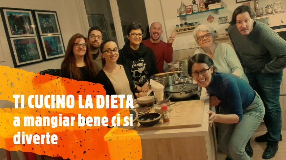 partecipanti al laboratorio di educazione alimentare in cucina ti cucino la dieta