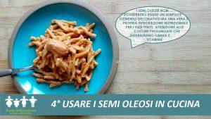 Pesto a base di semi di girasole, pendolini e basilico.