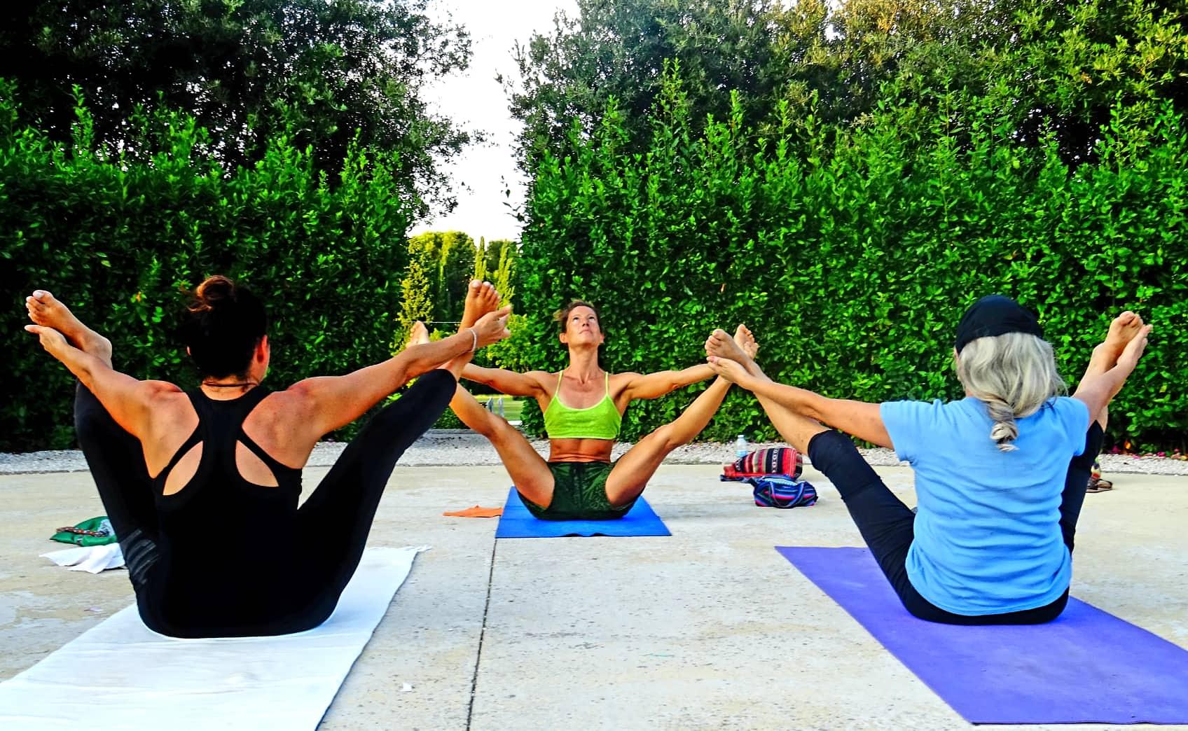 combattere la cellulite con lo yoga